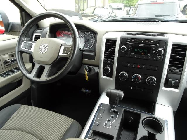 2010 Dodge Ram 1500 SLT Sport - Photo 12 - Cincinnati, OH 45255