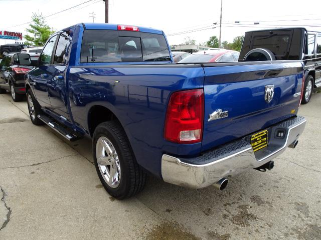 2010 Dodge Ram 1500 SLT Sport - Photo 11 - Cincinnati, OH 45255