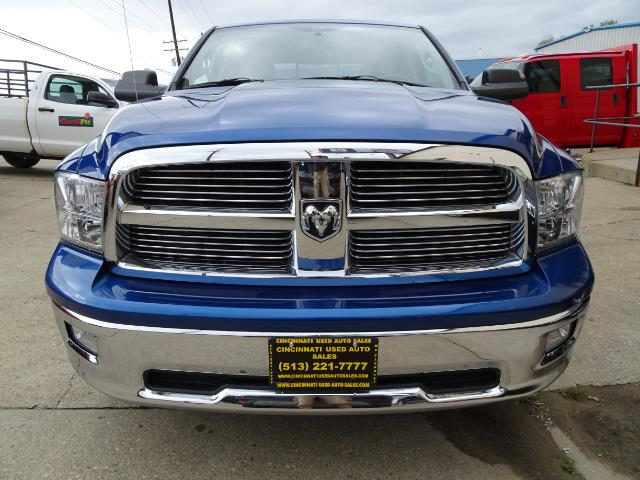 2010 Dodge Ram 1500 SLT Sport - Photo 2 - Cincinnati, OH 45255