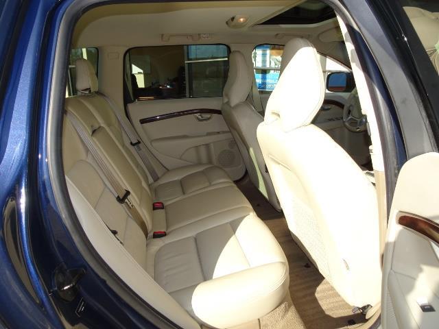 2011 Volvo XC70 T6 - Photo 14 - Cincinnati, OH 45255