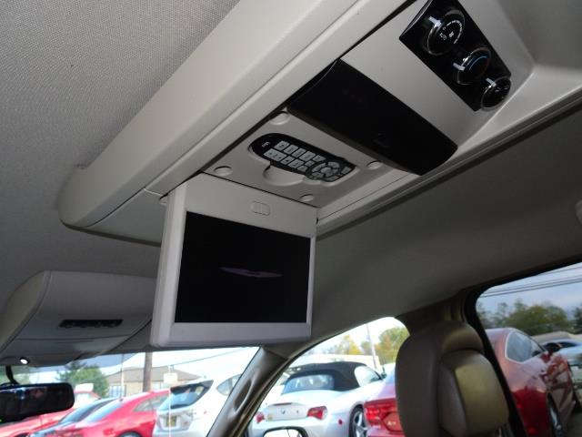 2012 Chrysler Town & Country Touring - Photo 19 - Cincinnati, OH 45255