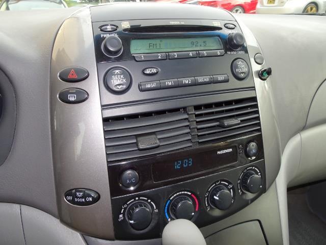 2007 Toyota Sienna LE 7-Passenger - Photo 18 - Cincinnati, OH 45255