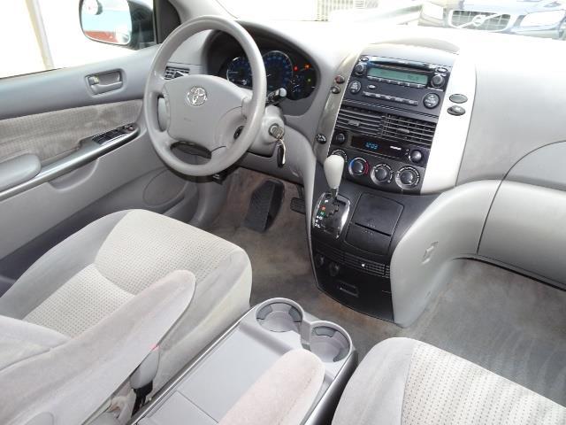 2007 Toyota Sienna LE 7-Passenger - Photo 13 - Cincinnati, OH 45255