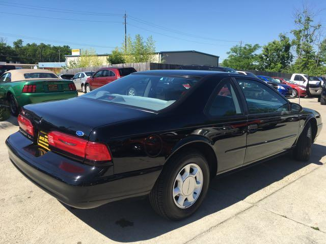 1995 Ford Thunderbird LX - Photo 12 - Cincinnati, OH 45255