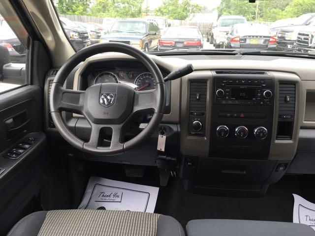 2009 Dodge Ram 1500 ST - Photo 7 - Cincinnati, OH 45255