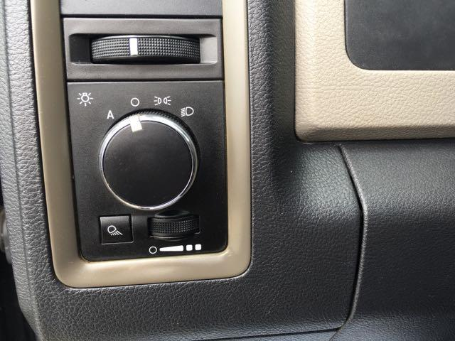 2009 Dodge Ram 1500 ST - Photo 19 - Cincinnati, OH 45255