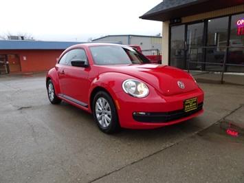 2015 Volkswagen Beetle-Classic 1.8T Classic PZEV - Photo 9 - Cincinnati, OH 45255