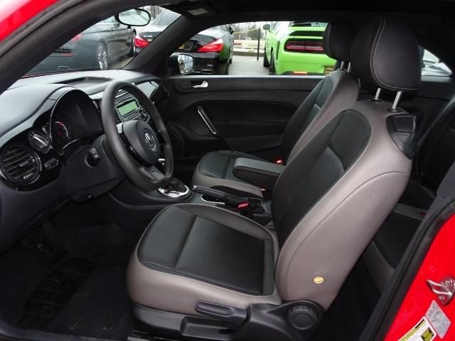2015 Volkswagen Beetle-Classic 1.8T Classic PZEV - Photo 7 - Cincinnati, OH 45255