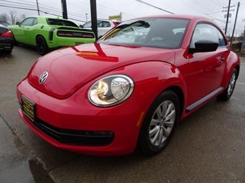 2015 Volkswagen Beetle-Classic 1.8T Classic PZEV - Photo 14 - Cincinnati, OH 45255