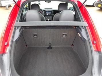 2015 Volkswagen Beetle-Classic 1.8T Classic PZEV - Photo 28 - Cincinnati, OH 45255