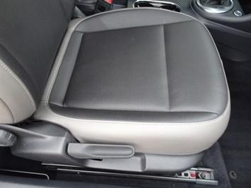 2015 Volkswagen Beetle-Classic 1.8T Classic PZEV - Photo 24 - Cincinnati, OH 45255
