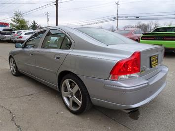 2006 Volvo S60 R - Photo 11 - Cincinnati, OH 45255