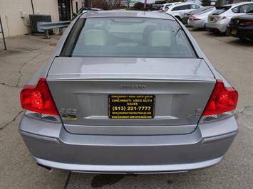 2006 Volvo S60 R - Photo 4 - Cincinnati, OH 45255