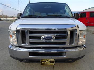 2008 Ford E-Series Van E-350 SD XLT - Photo 2 - Cincinnati, OH 45255