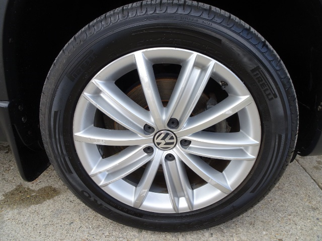 2009 Volkswagen Tiguan SEL 4Motion - Photo 28 - Cincinnati, OH 45255