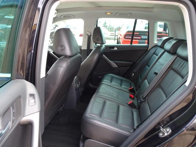 2009 Volkswagen Tiguan SEL 4Motion - Photo 8 - Cincinnati, OH 45255