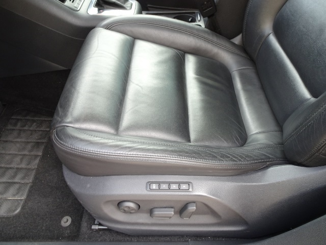 2009 Volkswagen Tiguan SEL 4Motion - Photo 23 - Cincinnati, OH 45255