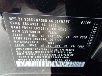 2009 Volkswagen Tiguan SEL 4Motion - Photo 25 - Cincinnati, OH 45255