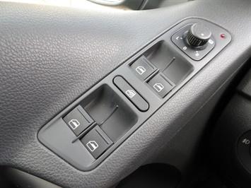 2009 Volkswagen Tiguan SEL 4Motion - Photo 19 - Cincinnati, OH 45255