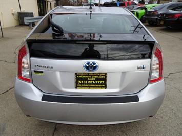 2014 Toyota Prius Two - Photo 5 - Cincinnati, OH 45255
