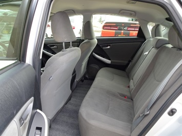 2014 Toyota Prius Two - Photo 8 - Cincinnati, OH 45255