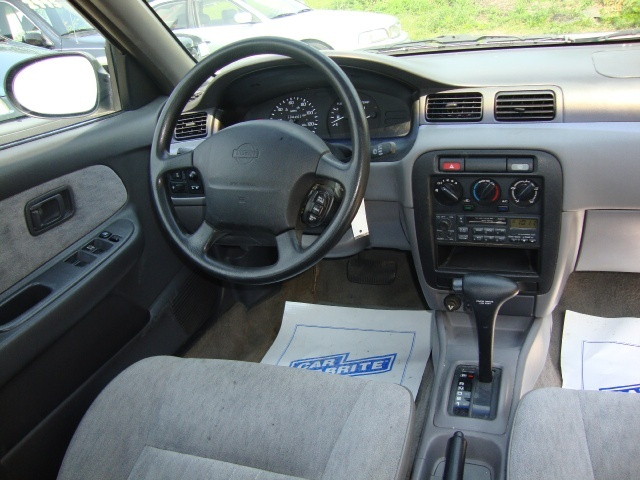1996 Nissan Sentra Gle Photo 6 Cincinnati Oh 45255