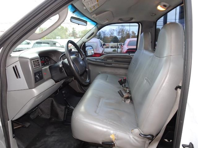 2004 Ford F-250 Super Duty XLT 2dr Standard Cab - Photo 7 - Cincinnati, OH 45255