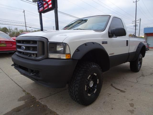 2004 Ford F-250 Super Duty XLT 2dr Standard Cab - Photo 9 - Cincinnati, OH 45255
