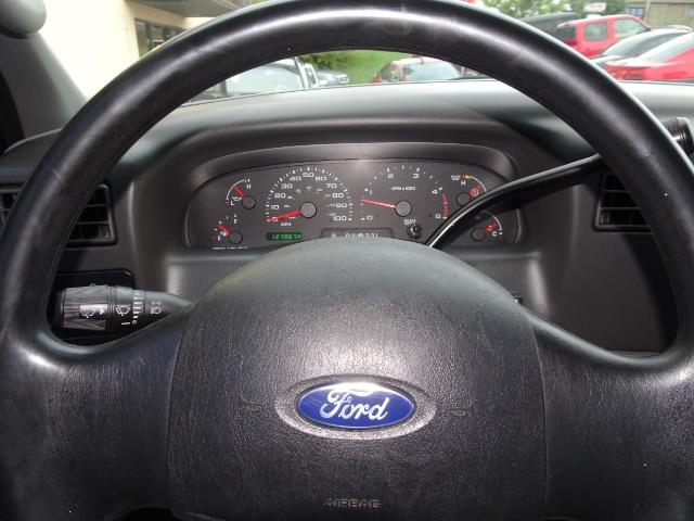 2004 Ford F-250 Super Duty XLT 2dr Standard Cab - Photo 15 - Cincinnati, OH 45255