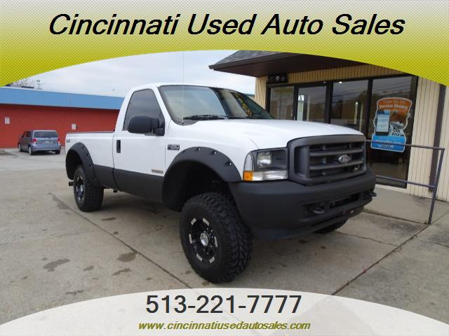 2004 Ford F-250 Super Duty XLT 2dr Standard Cab - Photo 1 - Cincinnati, OH 45255