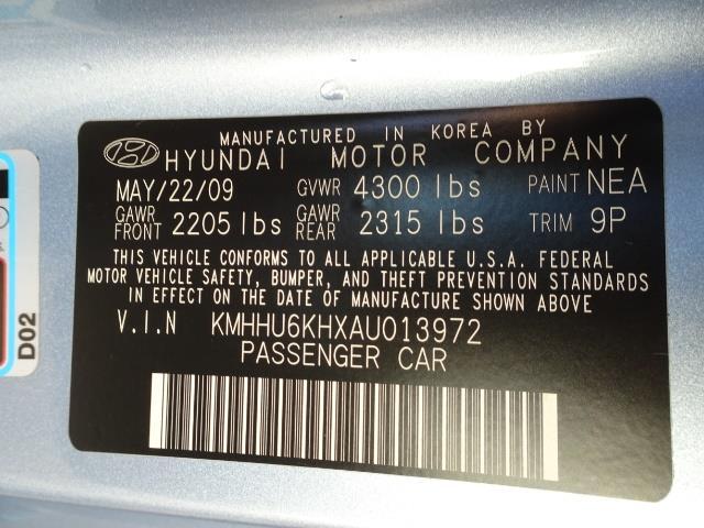 2010 Hyundai Genesis 3.8 - Photo 25 - Cincinnati, OH 45255
