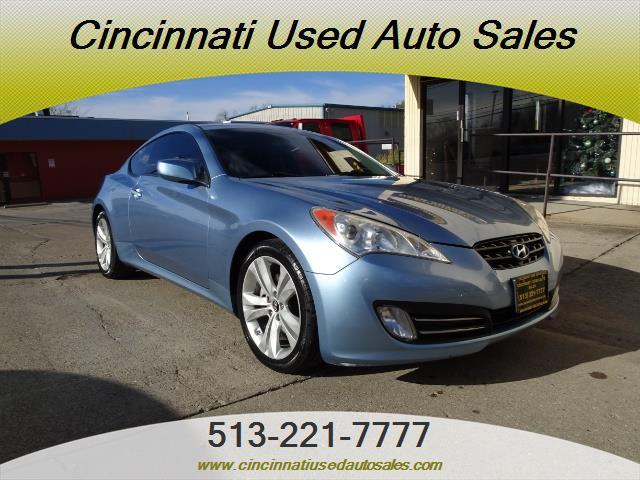 2010 Hyundai Genesis 3.8 - Photo 1 - Cincinnati, OH 45255