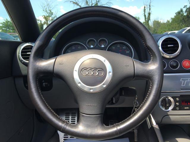2001 Audi TT 225hp quattro - Photo 15 - Cincinnati, OH 45255