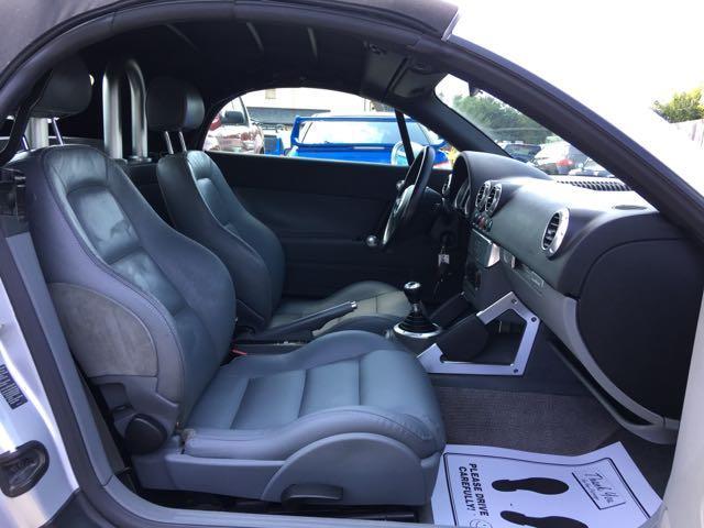 2001 Audi TT 225hp quattro - Photo 8 - Cincinnati, OH 45255