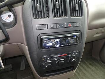 2002 Dodge Grand Caravan eX - Photo 18 - Cincinnati, OH 45255