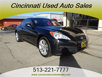2010 Hyundai Genesis Coupe 2.0T Track - Photo 1 - Cincinnati, OH 45255