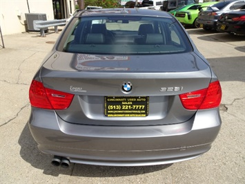 2011 BMW 328i xDrive - Photo 4 - Cincinnati, OH 45255