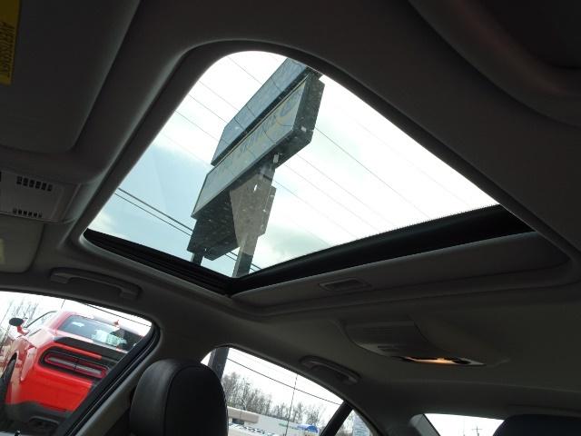 2011 BMW 328i xDrive - Photo 22 - Cincinnati, OH 45255