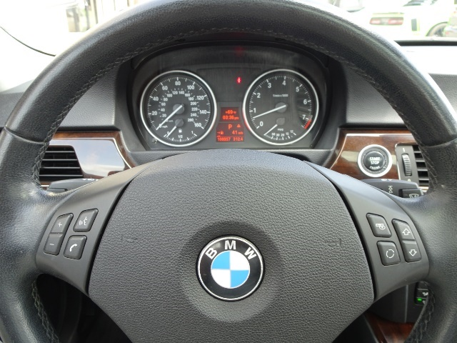 2011 BMW 328i xDrive - Photo 14 - Cincinnati, OH 45255