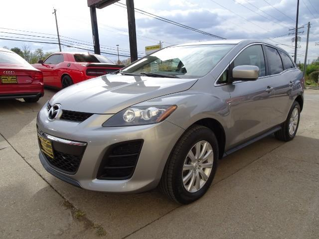 2011 Mazda CX-7 i Sport - Photo 9 - Cincinnati, OH 45255