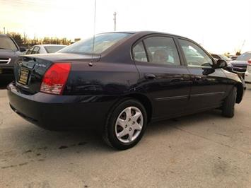 2004 Hyundai Elantra GLS - Photo 13 - Cincinnati, OH 45255