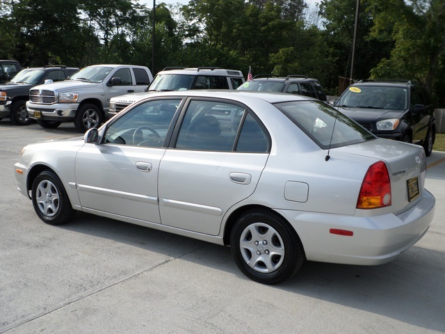 2005 hyundai accent gls for sale in cincinnati oh stock. Black Bedroom Furniture Sets. Home Design Ideas