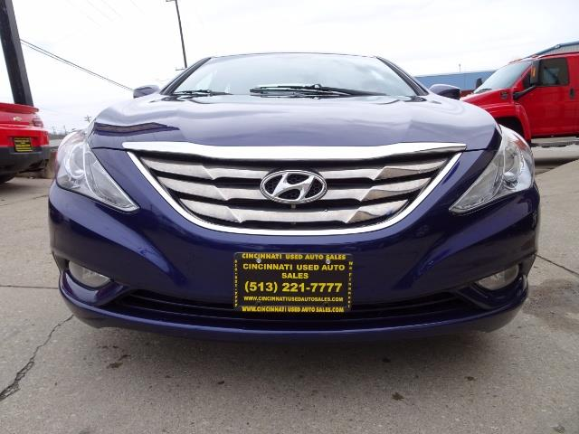 2012 Hyundai Sonata SE - Photo 2 - Cincinnati, OH 45255