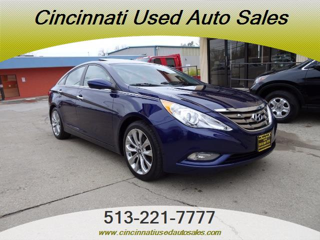 2012 Hyundai Sonata SE - Photo 1 - Cincinnati, OH 45255
