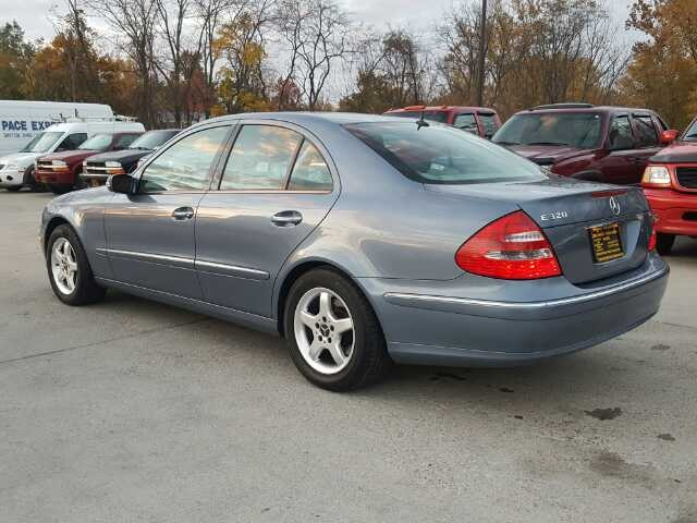2003 Mercedes-Benz E320 - Photo 4 - Cincinnati, OH 45255