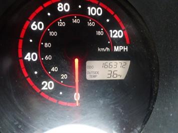 2005 Toyota Matrix XR - Photo 16 - Cincinnati, OH 45255
