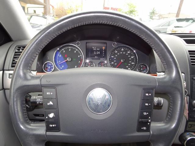 2005 Volkswagen Touareg V6 - Photo 15 - Cincinnati, OH 45255