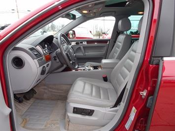 2005 Volkswagen Touareg V6 - Photo 7 - Cincinnati, OH 45255