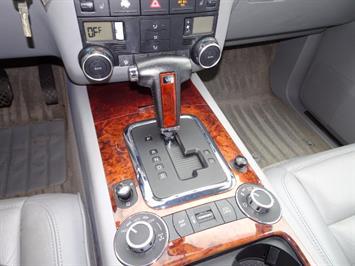 2005 Volkswagen Touareg V6 - Photo 18 - Cincinnati, OH 45255