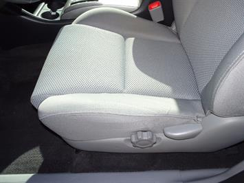 2012 Toyota Tacoma V6 - Photo 23 - Cincinnati, OH 45255